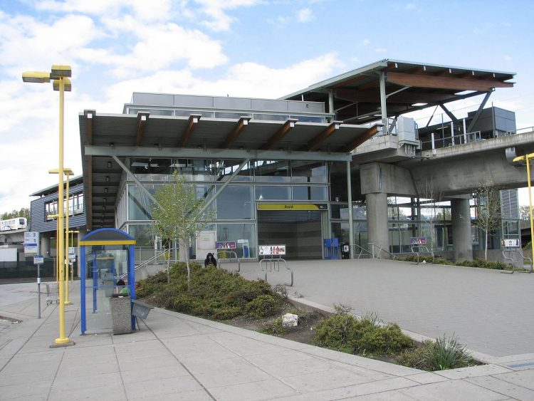 Braid_SkyTrain_Station