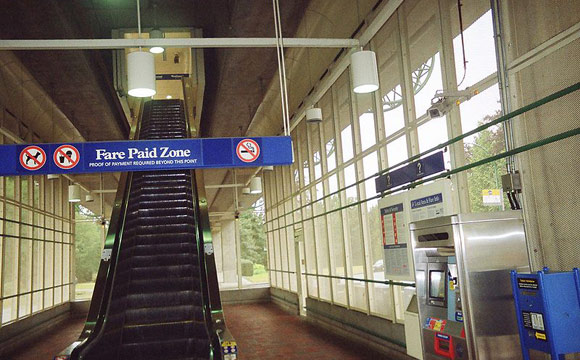 Patterson_Station_stairs